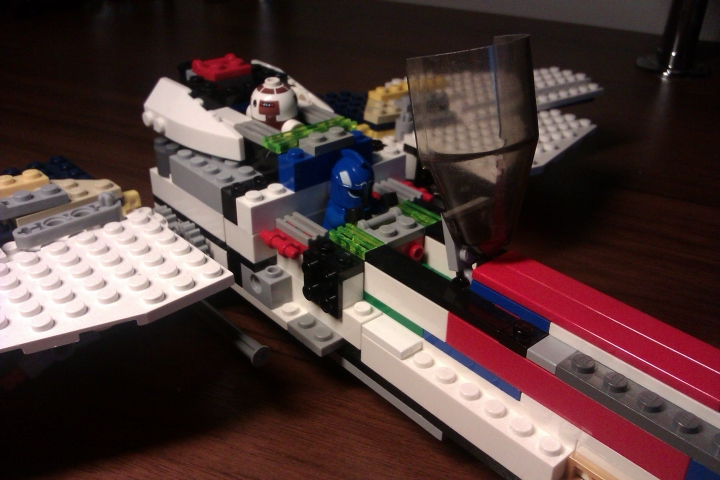 LEGO MOC - In a galaxy far, far away... - S-Wing starfighter