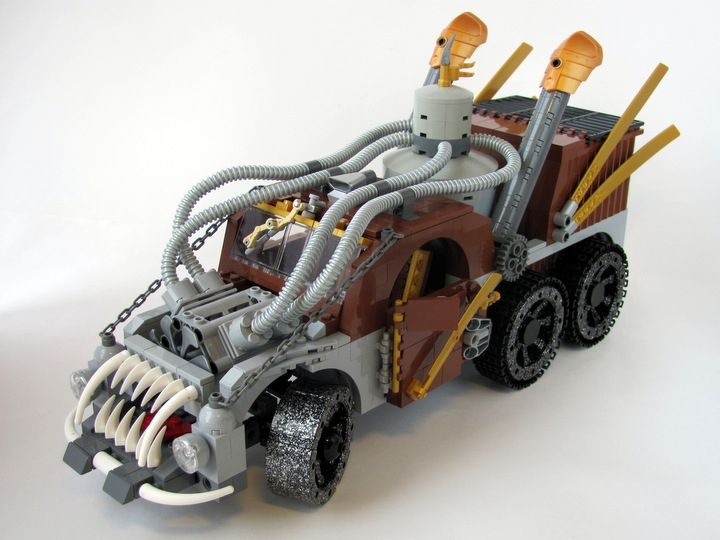 LEGO MOC - Steampunk Machine - 王者之劍: <br><i>- Three-axle vehicle of cross-country ability.</i><br>