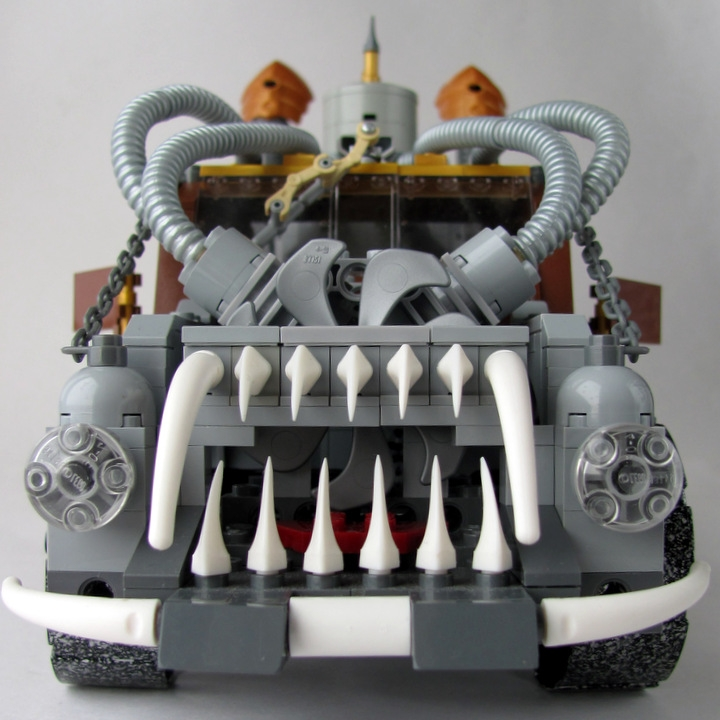 LEGO MOC - Steampunk Machine - 王者之劍: <br><i>Or you can buy it, or it will follow you in your nightmares… You to choose... ;)</i><br>