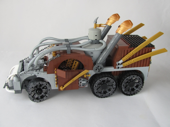 LEGO MOC - Steampunk Machine - 王者之劍: <br><i>- Two exhaust pipes helps to control temperature in boiler!</i><br>