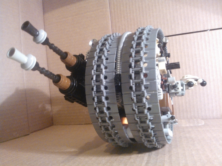 LEGO MOC - Steampunk Machine - Shock self-propelled gun: приподнятая пушка.