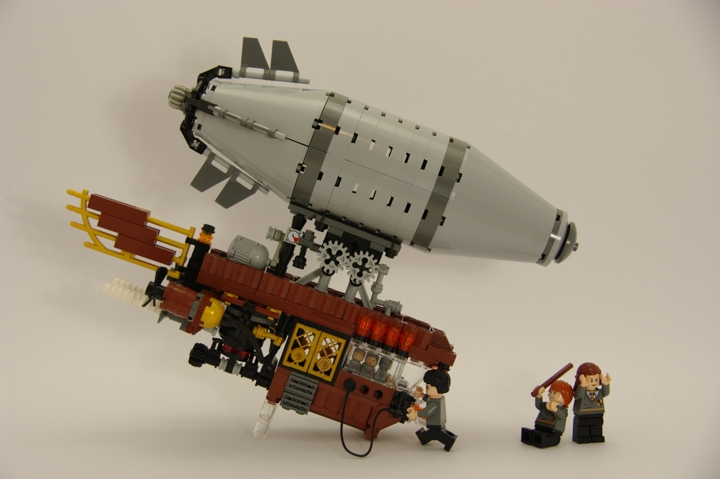 LEGO MOC - Mini-contest 'Zeppelin Battle' - Zeppelins in Hogwarts: И оказалась права!..