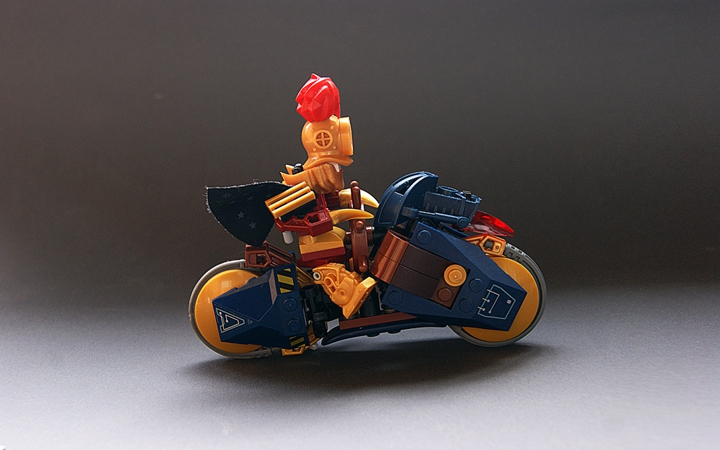 LEGO MOC - Mini-contest 'Lego Technic Motorcycles' - 'Flash' of John Silver II