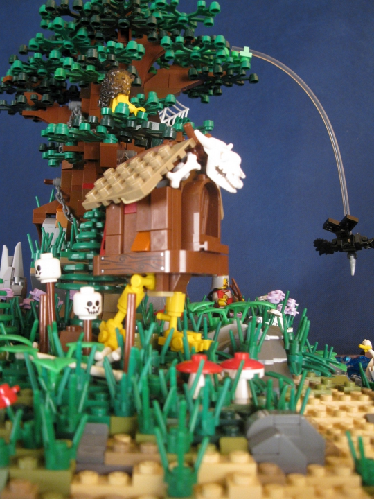 LEGO MOC - Russian Tales' Wonders - A green oak-tree by the lukomorye: ... и её избушка на курьих ножках